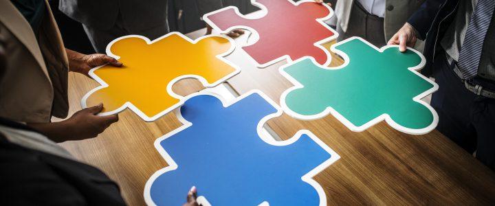 Bespreek voors en tegens samenwerking